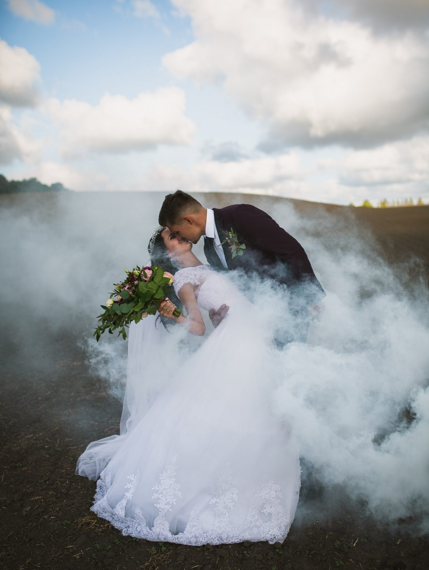 wedding smoke