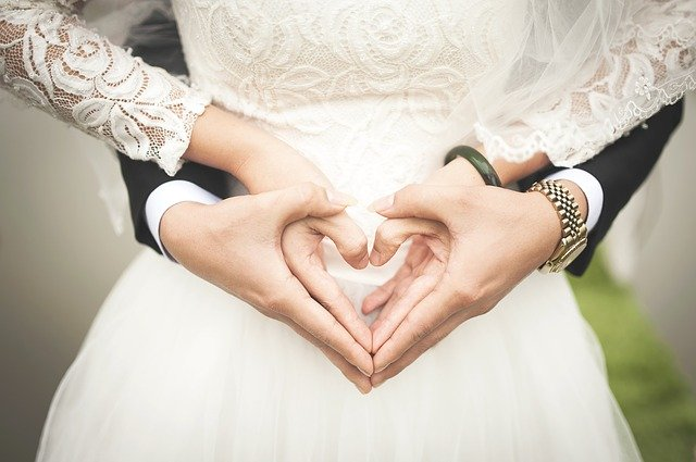 Wedding Couples Heart Hands