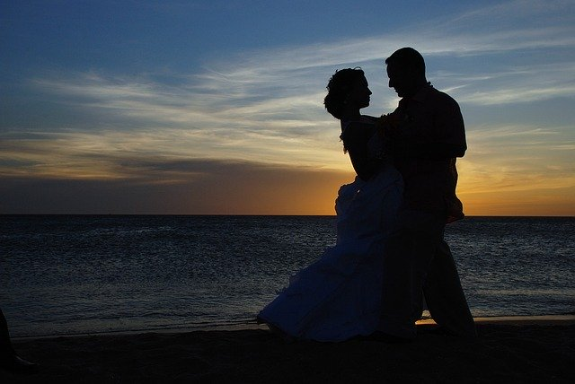 Wedding Couple Silhouette Sunset Beach